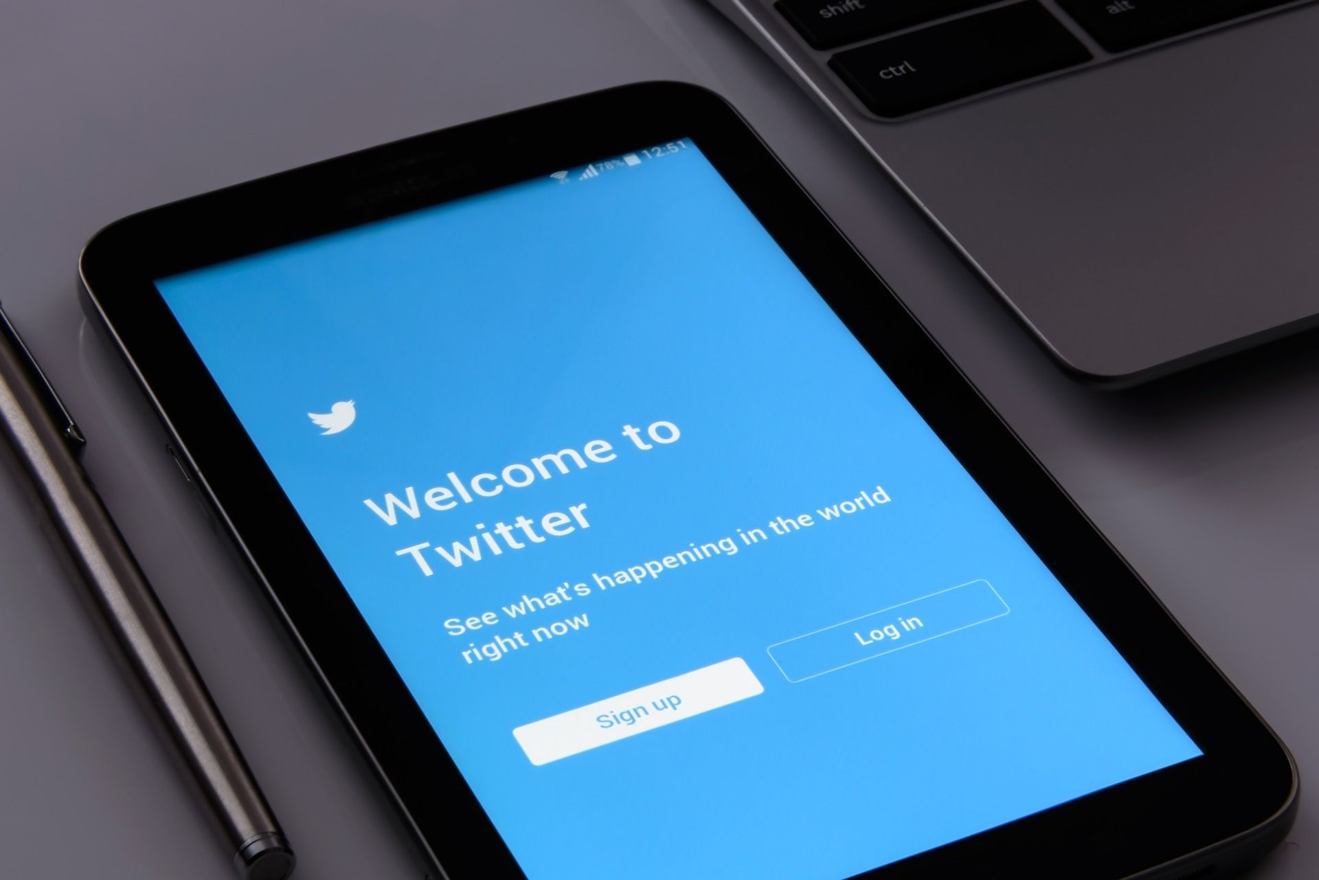 Top FIVE reasons why Twitter data is important for your business